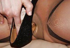 Auf Wunsch der Brünetten erschien ein Mann mit einem german erwischt porn dicken Schwanz und fickte sie