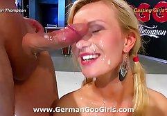 Die 18-jährige Brünette will ihre geile xxx deutsch Muschi nach Sex ficken