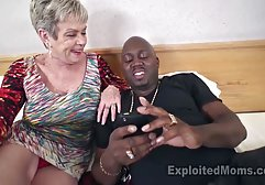 Vollbusige dunkelhäutige Blondine mit Dreadlocks führt Fetischsex in Strumpfhosen mit einem sex deutsch xxx jungen Mann durch, nach mündlichem Spaß wird ein Paar in verschiedenen Stellungen gefickt